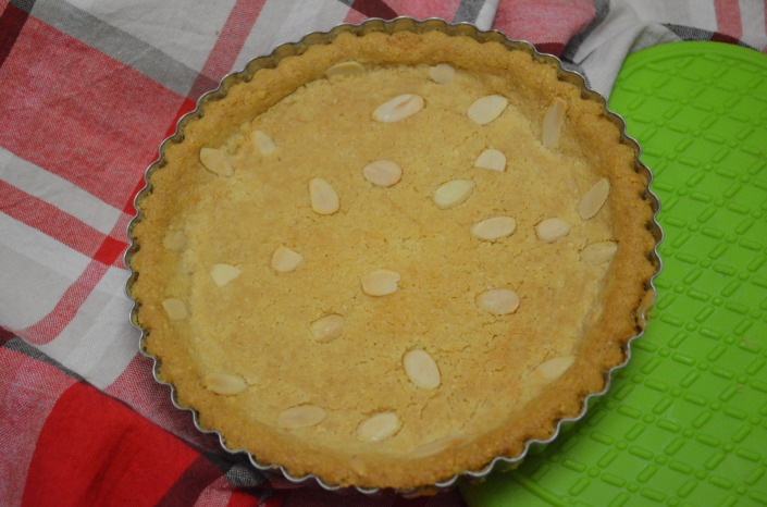 Almond Shortbread Cookie Tart