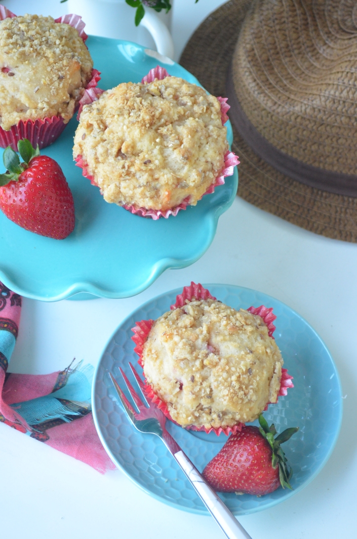 Strawberry Streusel Yogurt Muffins