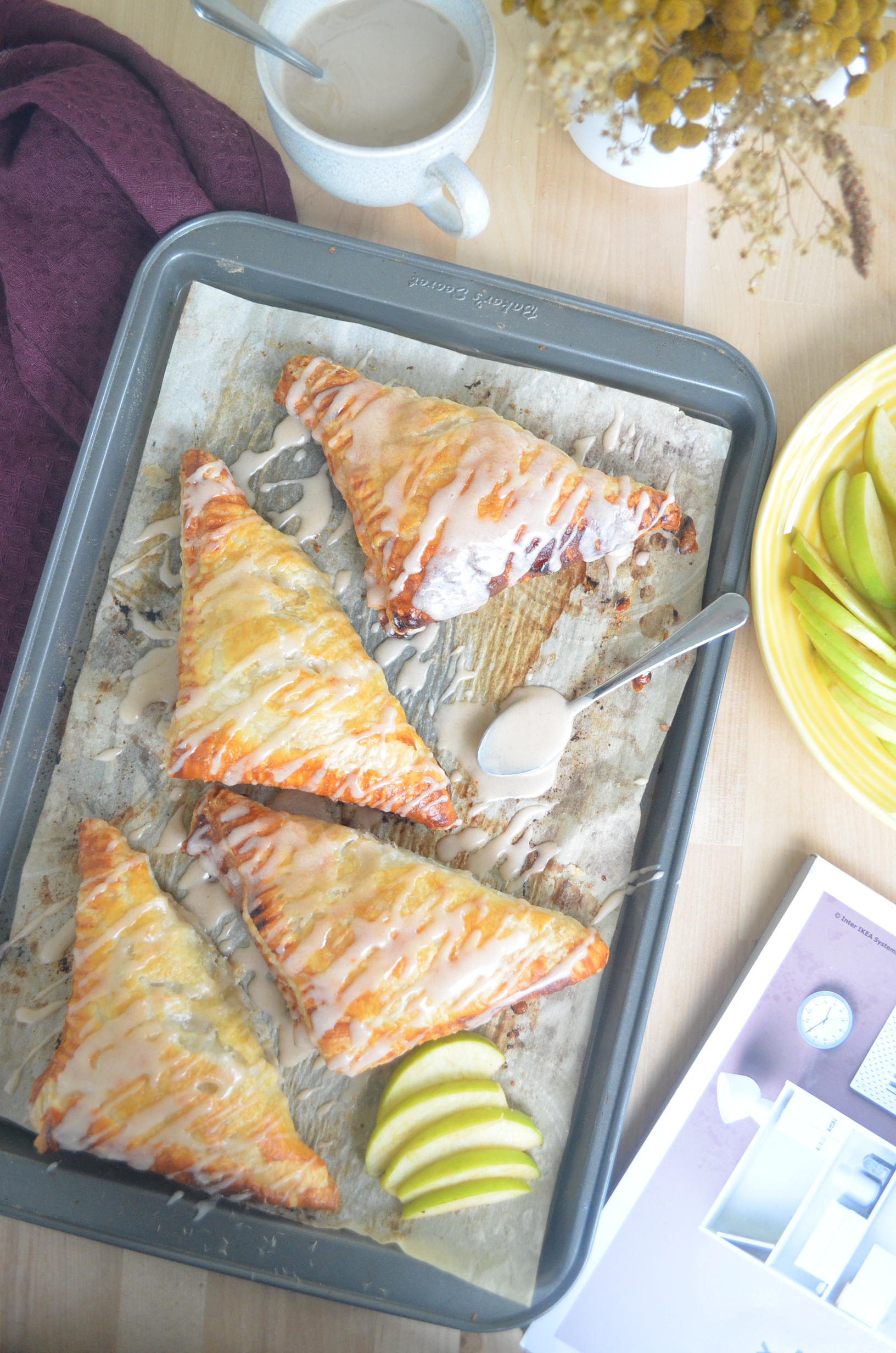 Cinnamon Glaze Apple Turnover