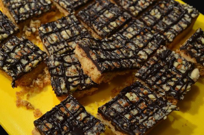 Almond Shortbread Bar Recipe
