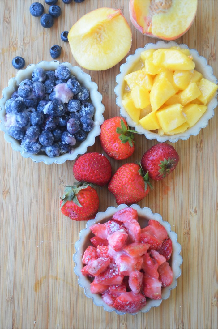 Mini Berries Fruit Pie