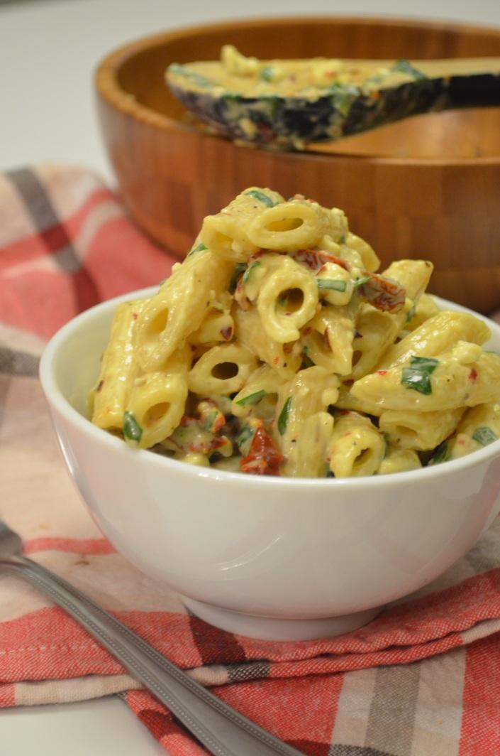 Sun-Dried Tomato and Spinach Pasta