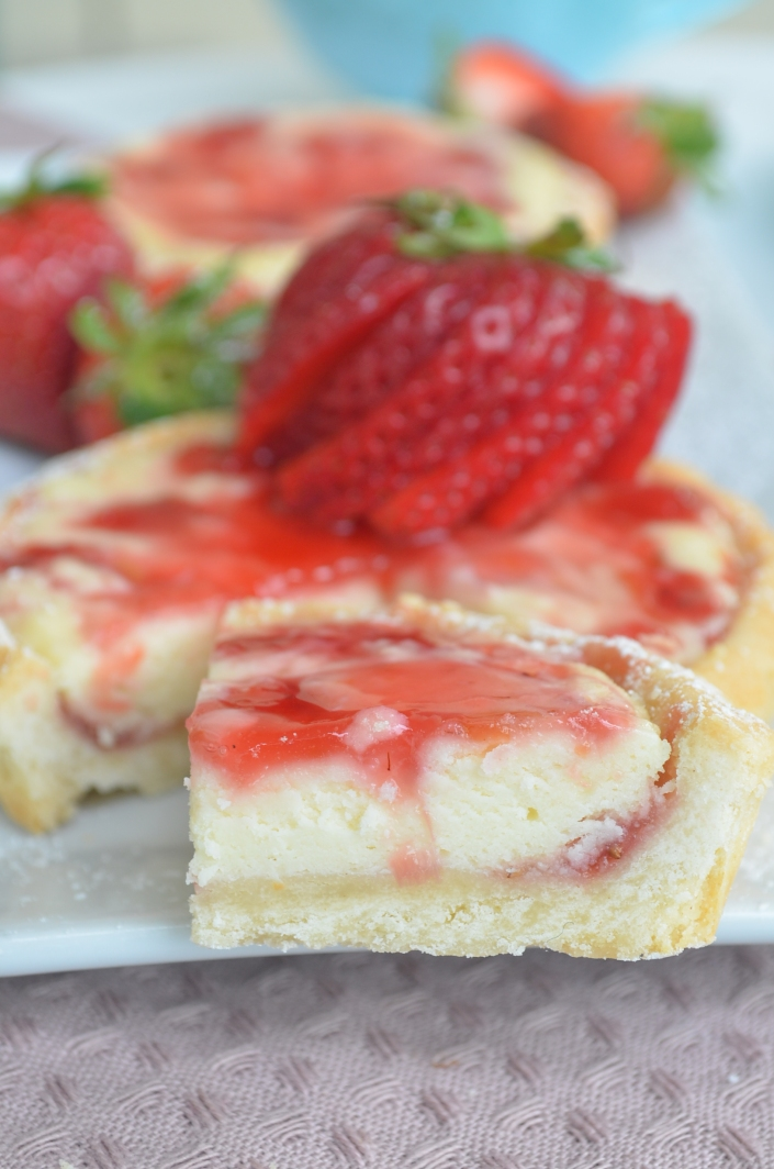 Small Batch Strawberry Cream Cheese Tart