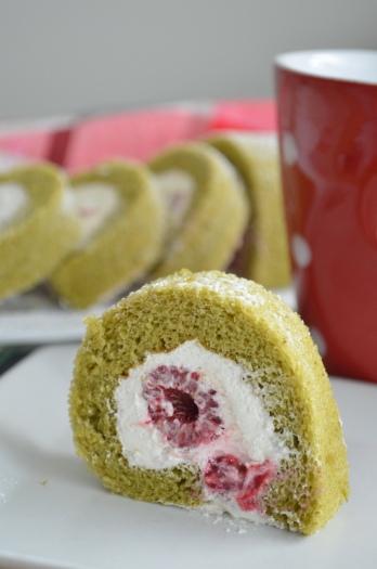 Green Tea Swiss Roll Cake