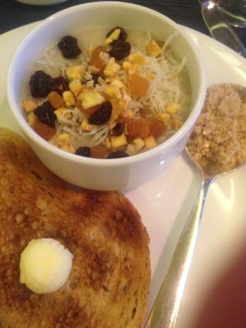 Syrah: Oatmeal and Toast