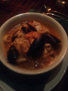 Clydes: Seafoods Hot Pot