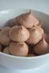 Meringue Kisses Chocolate Recipes