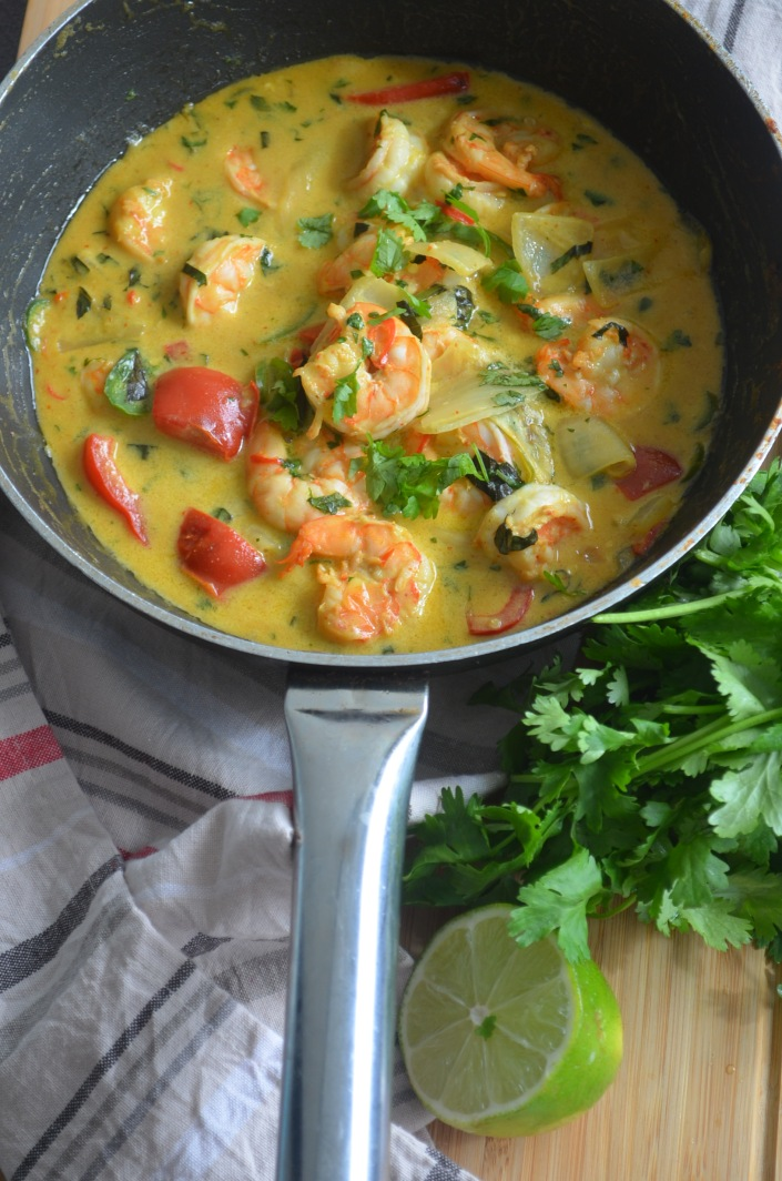 Spicy Shrimp in Thai Curry Sauce at SweetNSpicyLiving.com