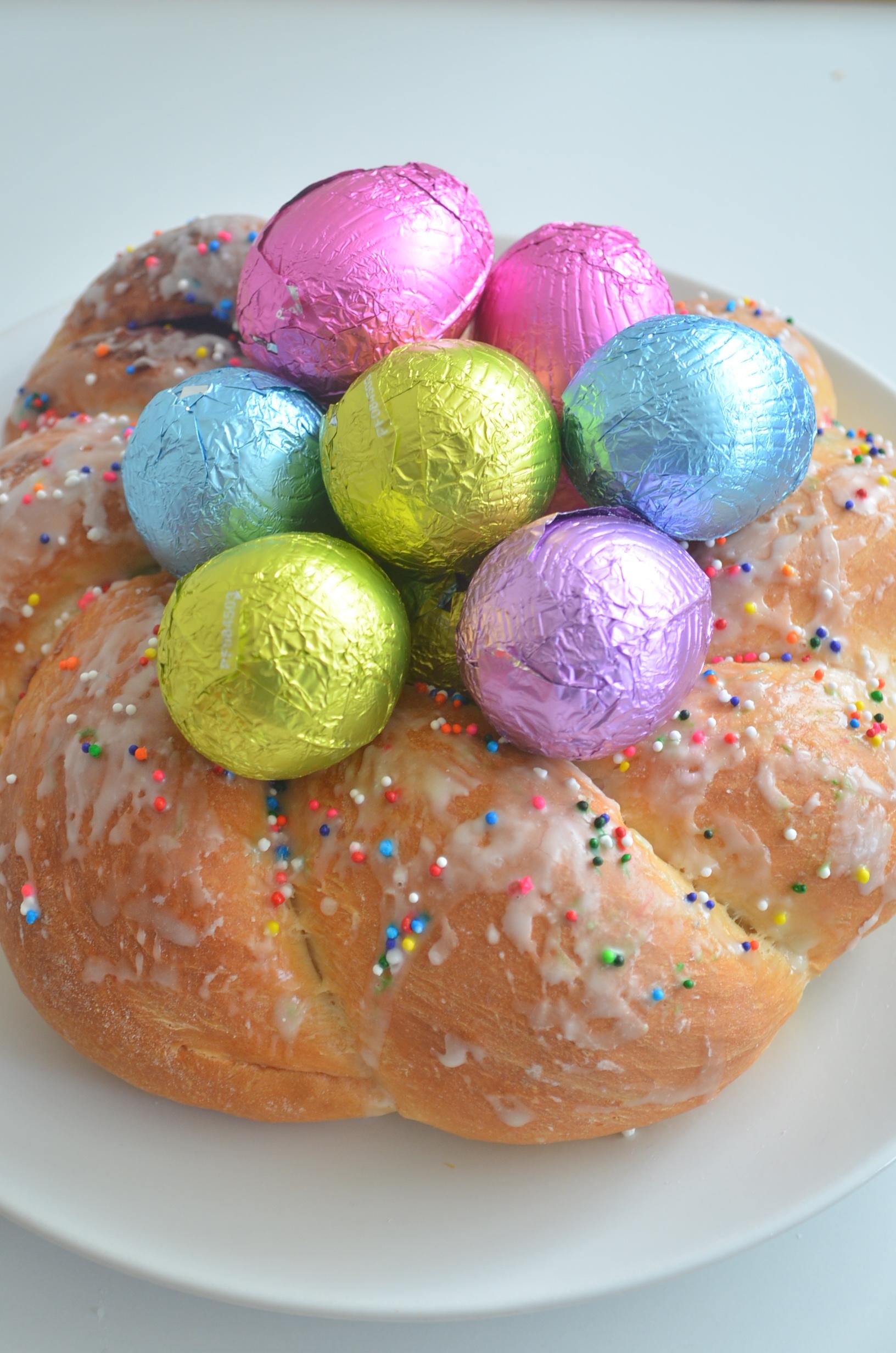 Easy Italian Easter Bread Recipe