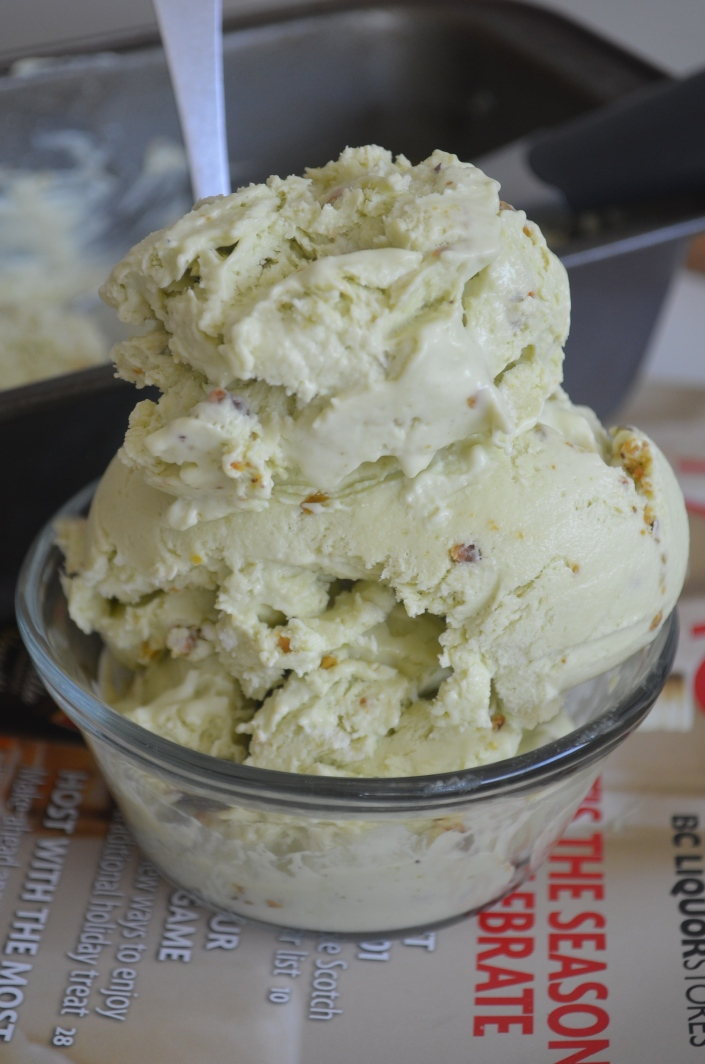 Homemade Smooth and Creamy Avocado Pisctacio Ice Cream at SweetnSpicyLiving.com