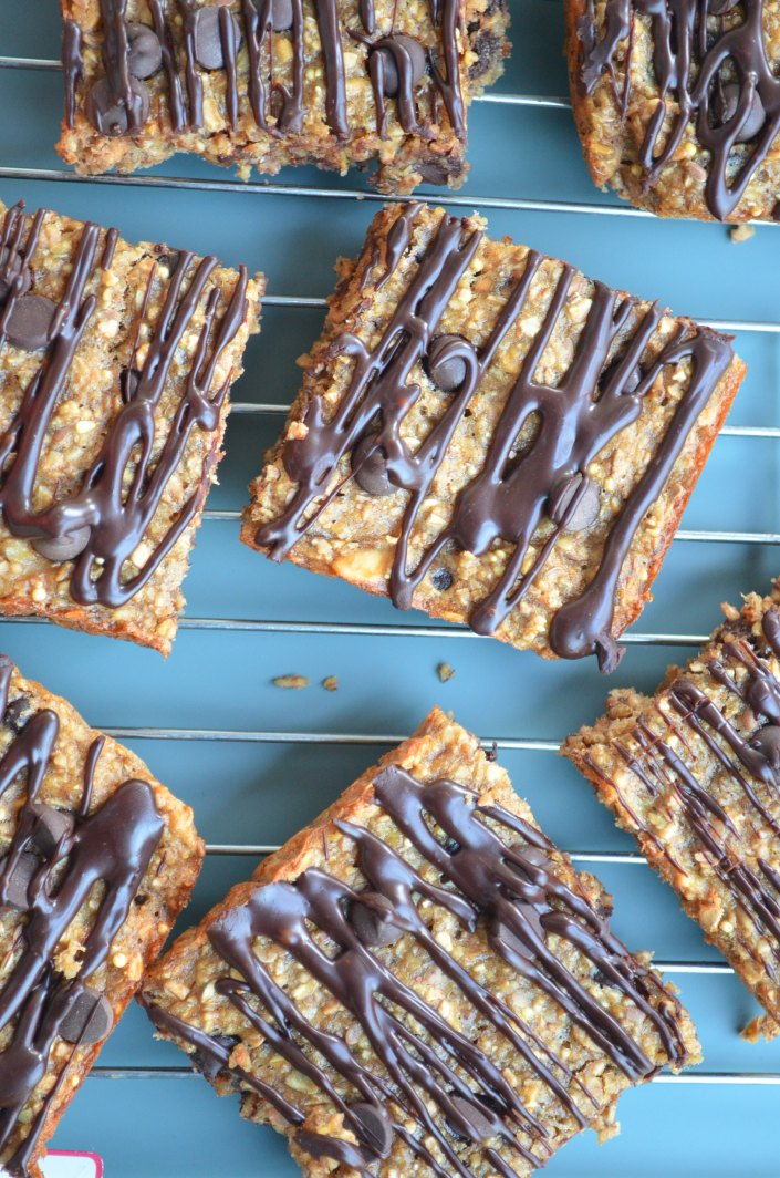 Peanut Butter Banana Oats Bar at SweetNSpicyLiving.com