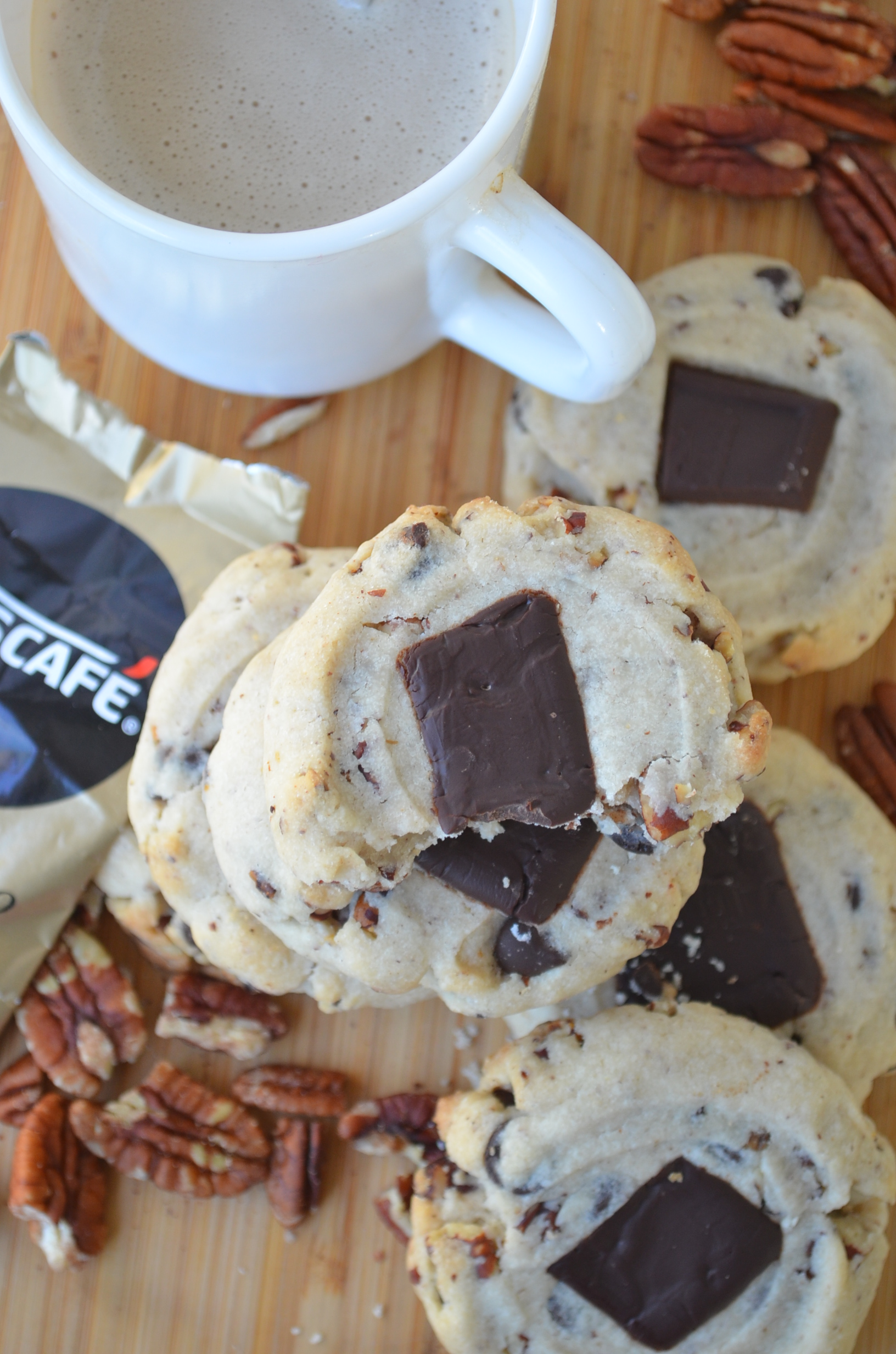 Shortbread Cookie with Toasted Pecans