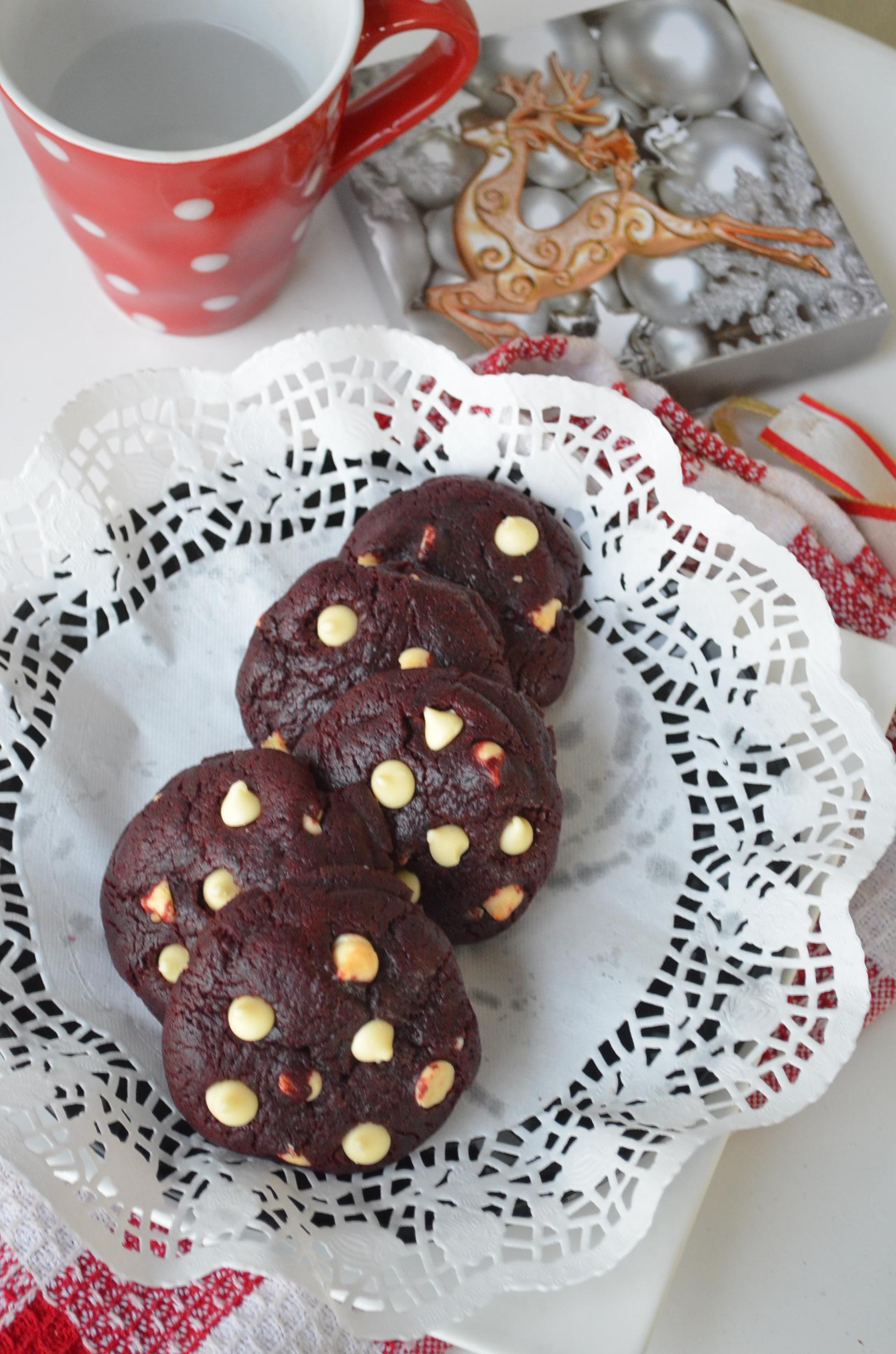 White Chocolate Chip Red Velvet Cookie