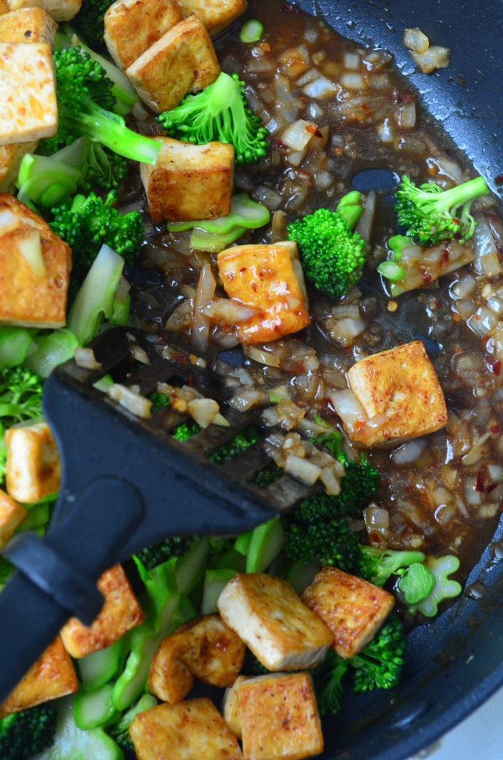 Stir Fry Brocoli and Tofu