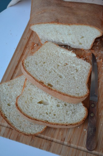 White Bread at SweetNSpicyLiving.com