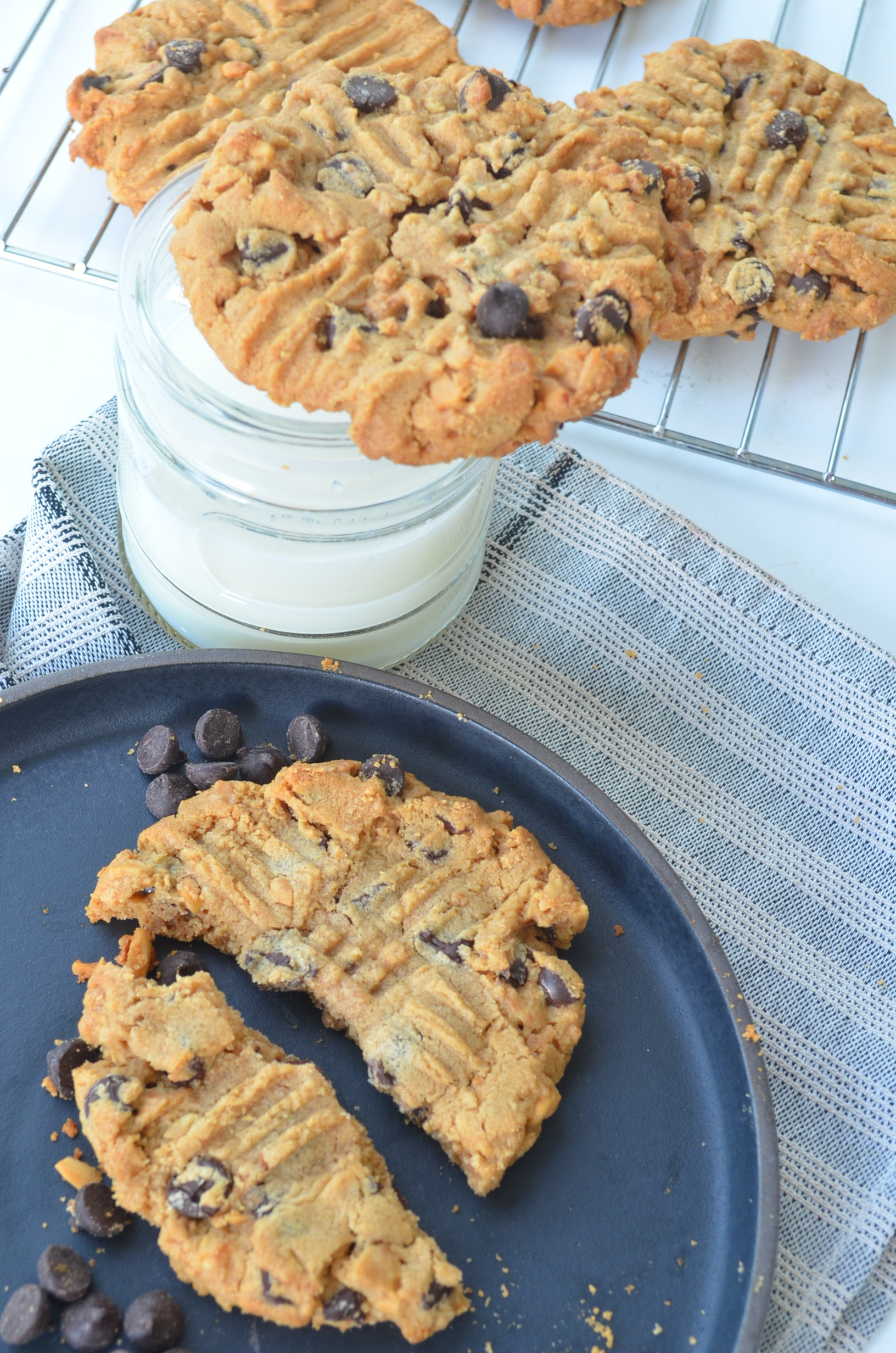 Flourless Peanut Butter Chocolate Chip Cookie Recipe at SweetNSpicyLiving.com