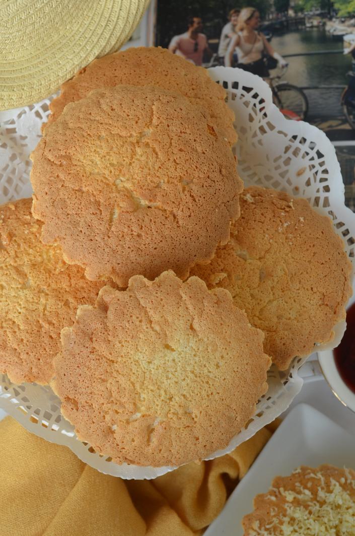 Mini Sponge Cake (Mamon) at SweetNSpicyLiving.com