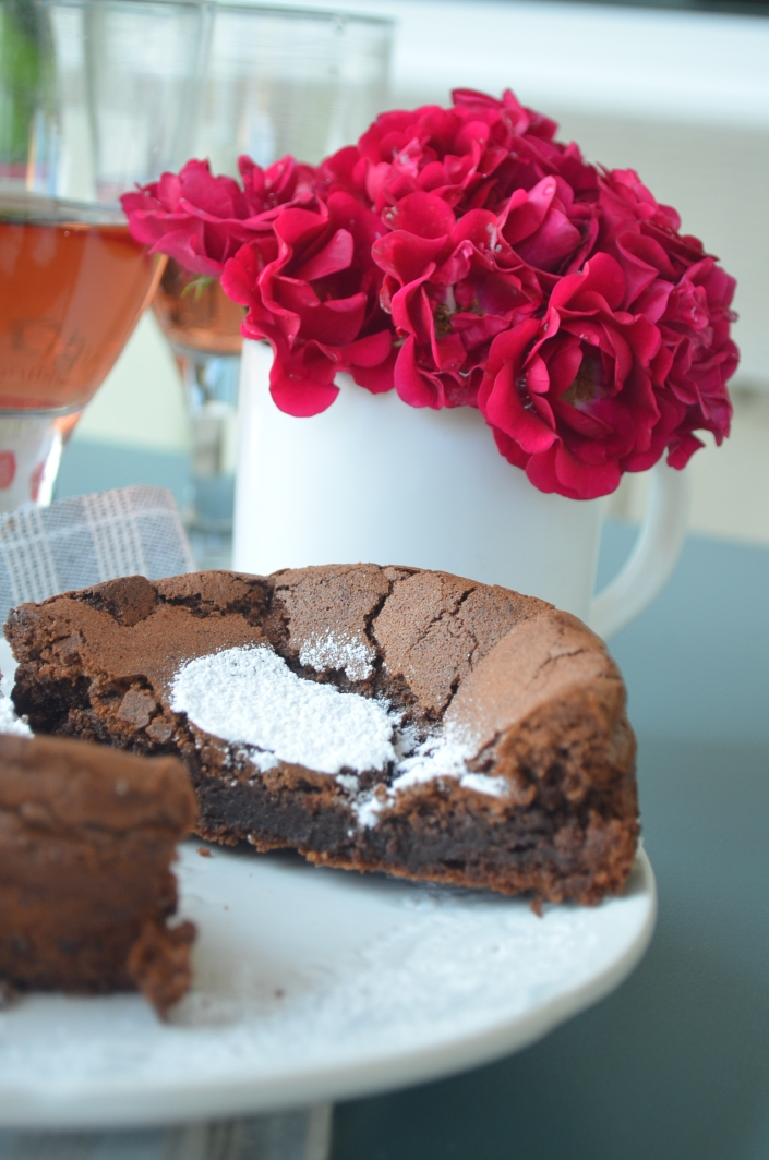 Flourless Mini Chocolate Cake
