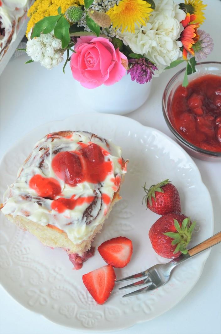 Small Batch Strawberry and Cream Roll