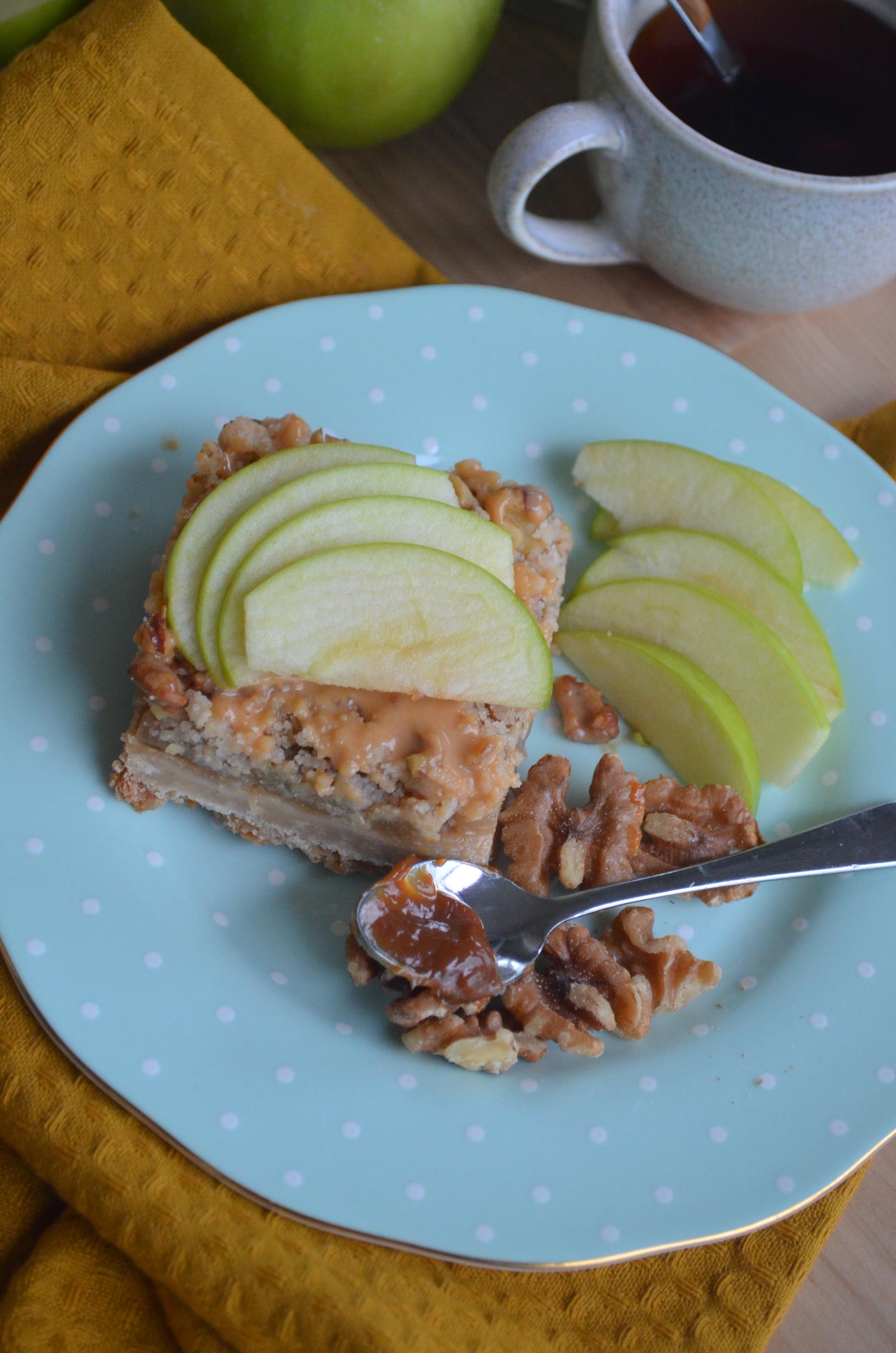 Apple Crumb Bars Recipe