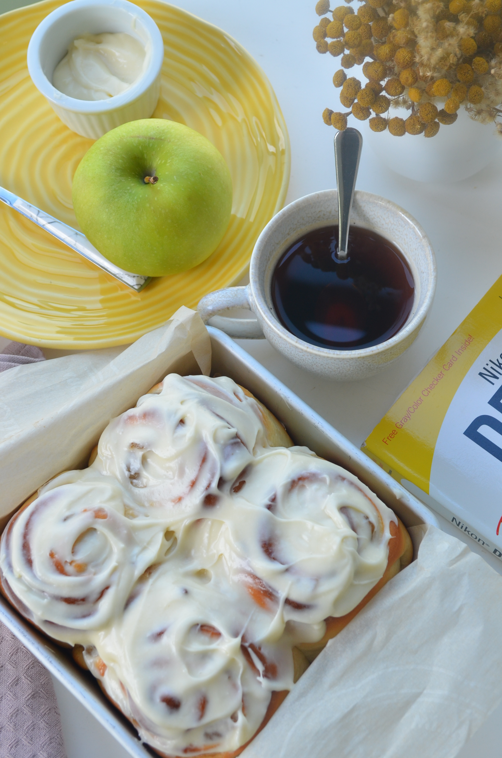 Apple Cinnamon Roll For Two