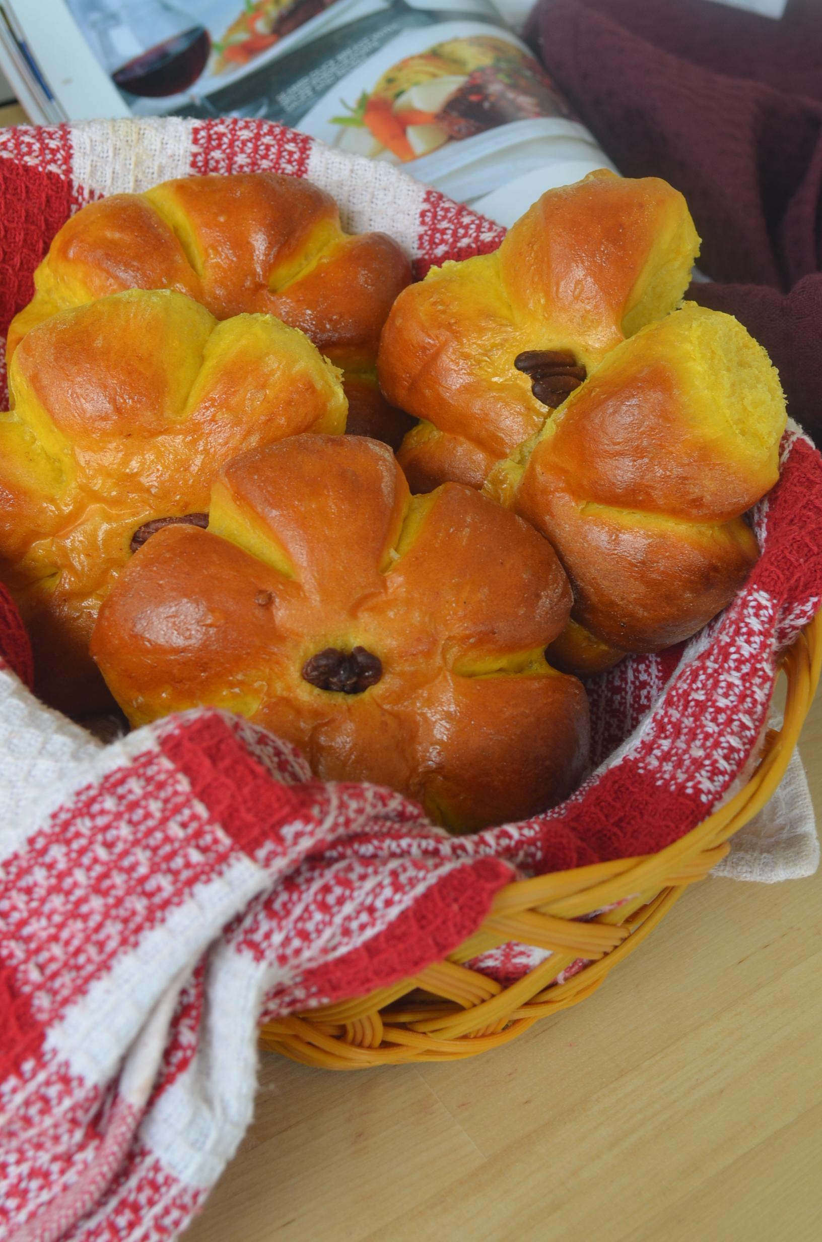 SMall Batch Pumpkin Dinner Rolls by SweetNSpicyLiving