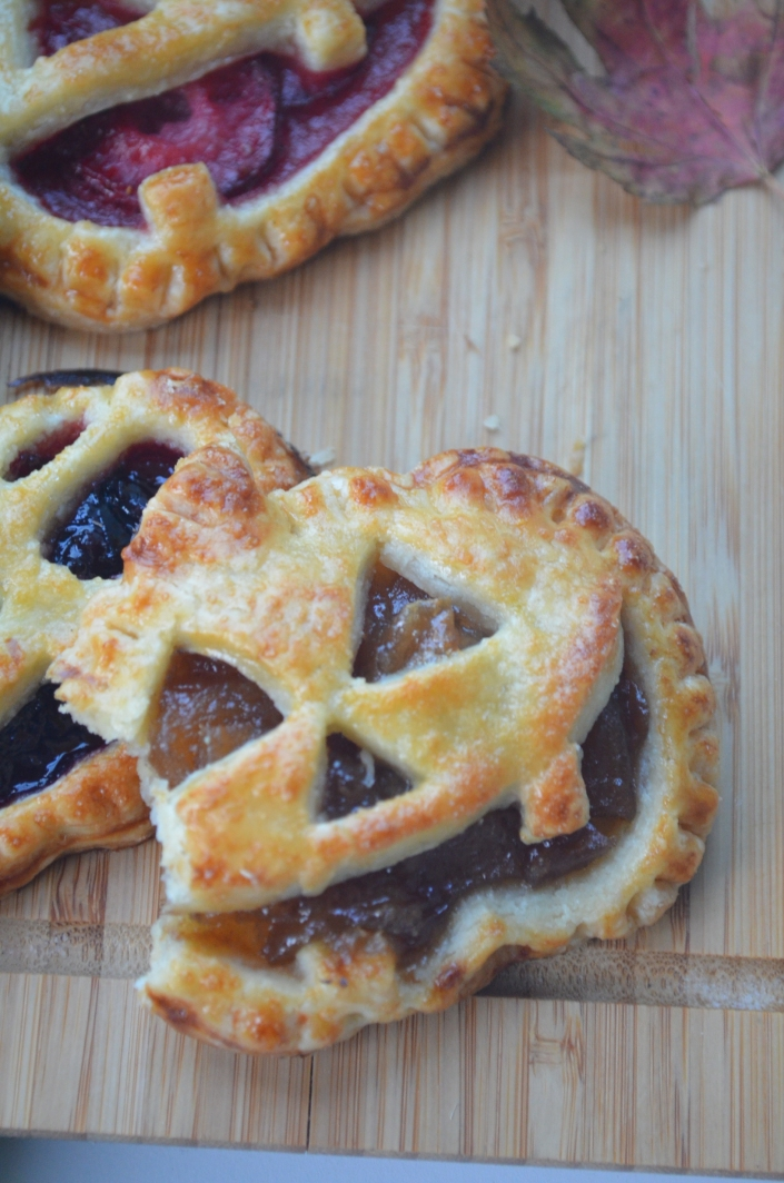Jack O Lantern Hand Pie By SweetNSpicyLiving