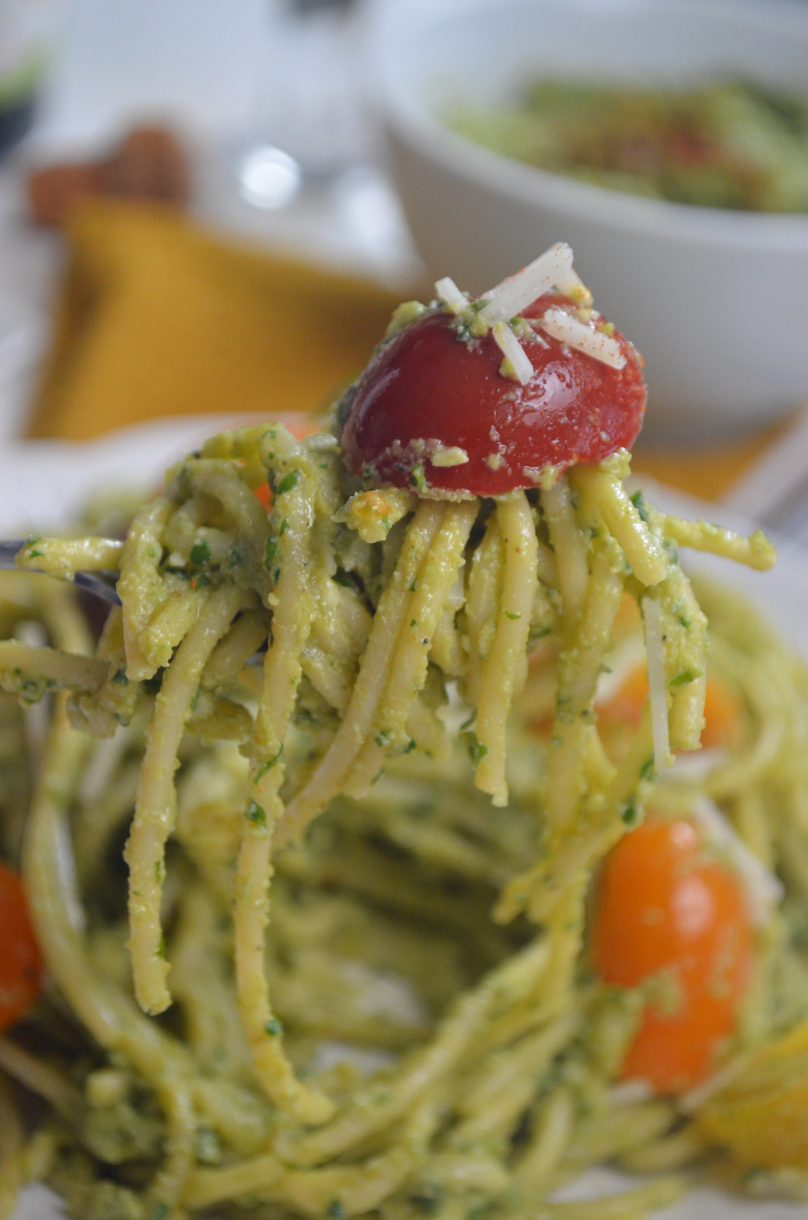 Avocado Pesto Pasta Sauce