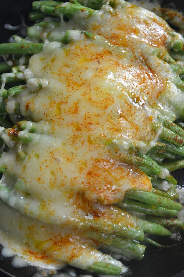 Baked Garlic and Cheese Green Beans