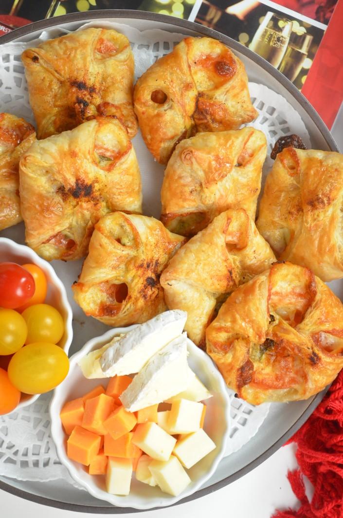 Margherita Puff Pastry Bites