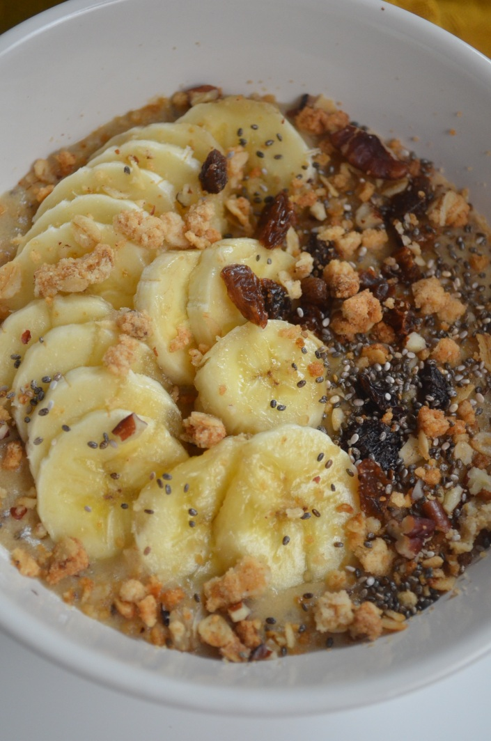 banana & chaie seed oatmeal for one