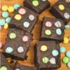 easter fudge browniebites