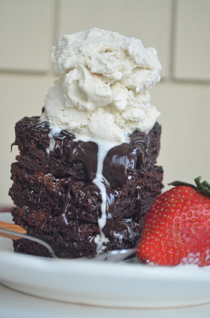 small batch no-mixer brownie