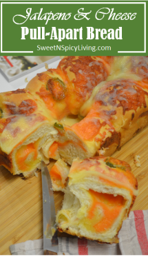 Jalapeno and Cheese Pull-Apart Bread
