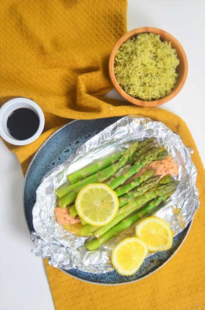 Salmon and Asparagus Foil Pack