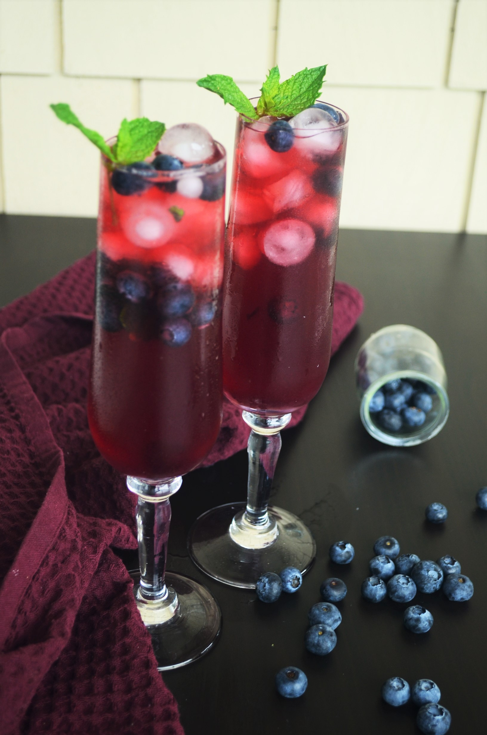 Homemade Cold Brew Blueberry Tea