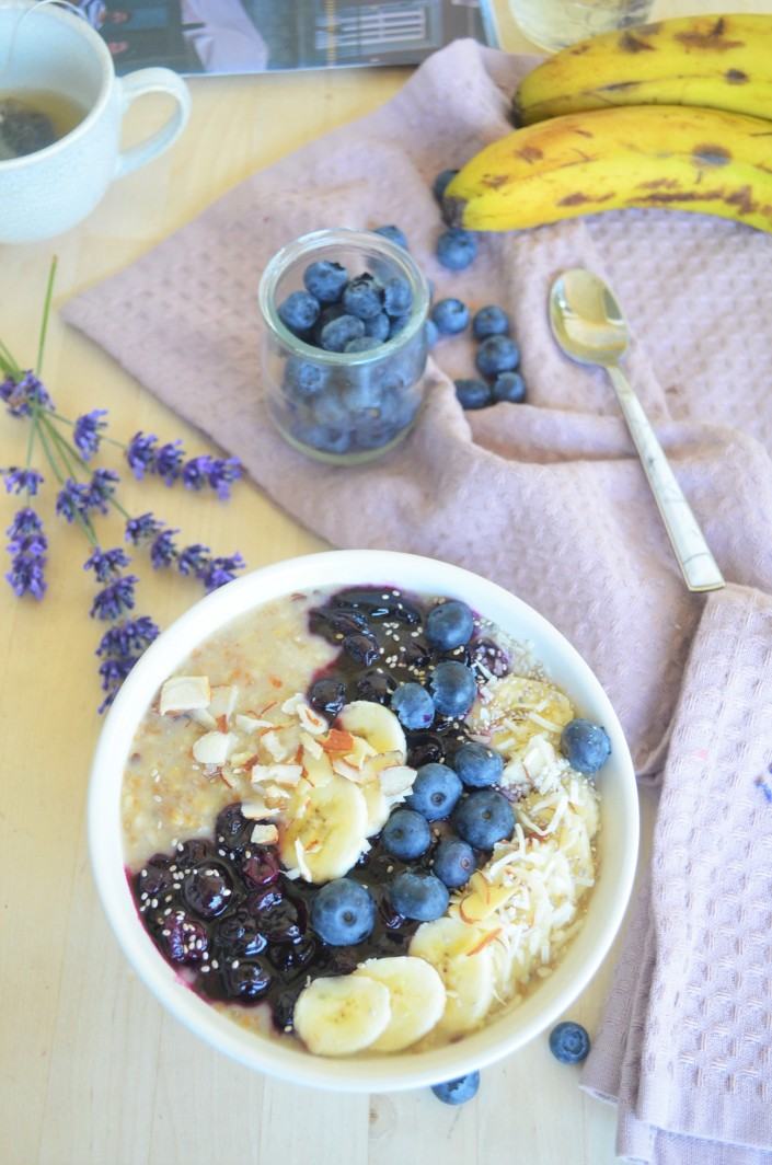 Small Batch Blueberry and Mashed Banana Oatmeal