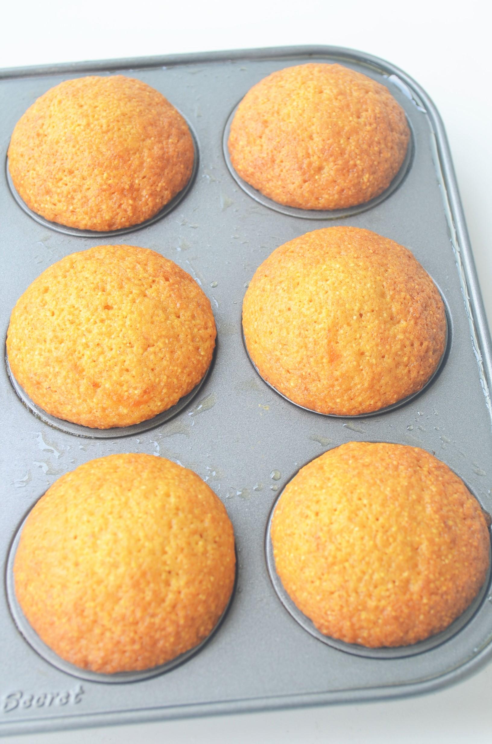Mini Pumpkin Cornbread Muffin
