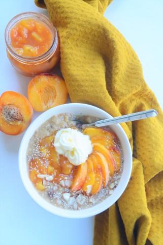 Small Batch Single Serve Peaches and Cream Peach Oatmeal