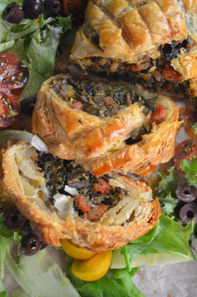 Easy Vegetarian Mushroom Wellington