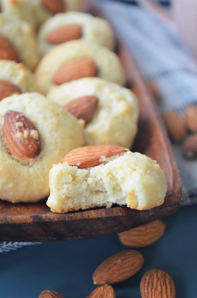 How to Make Italian Almond Cookie