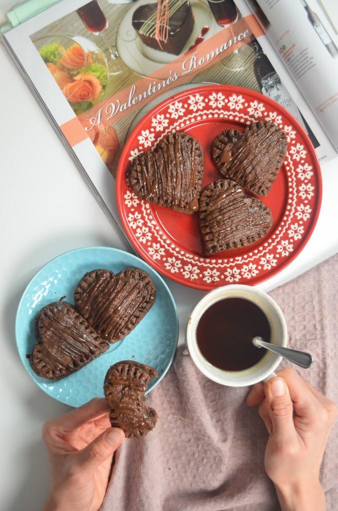 Nutella Stuffed Chocolate Hand Pie