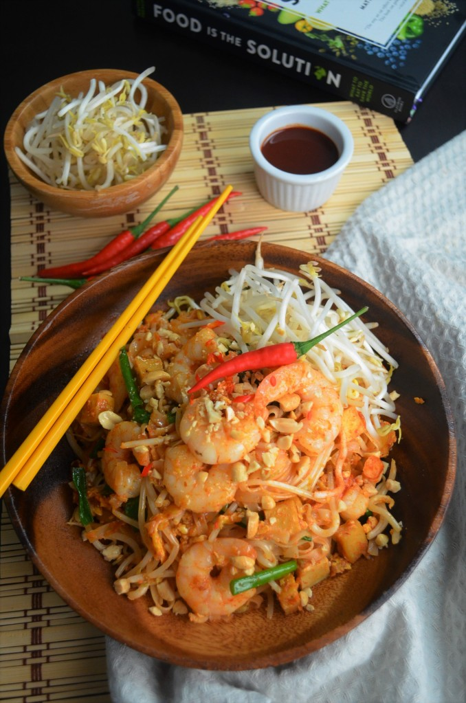 Easy Homemade Shrimp Pad Thai