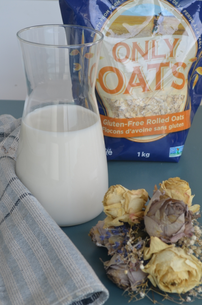 2 Ingredients Oat Milk