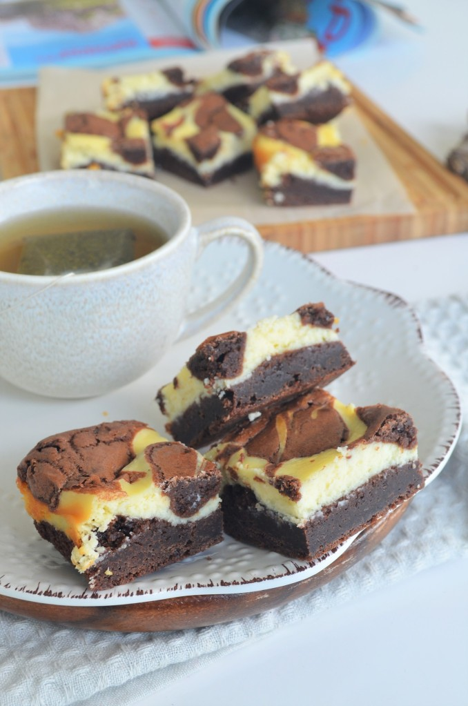 How to Make  Cream Cheese Brownie