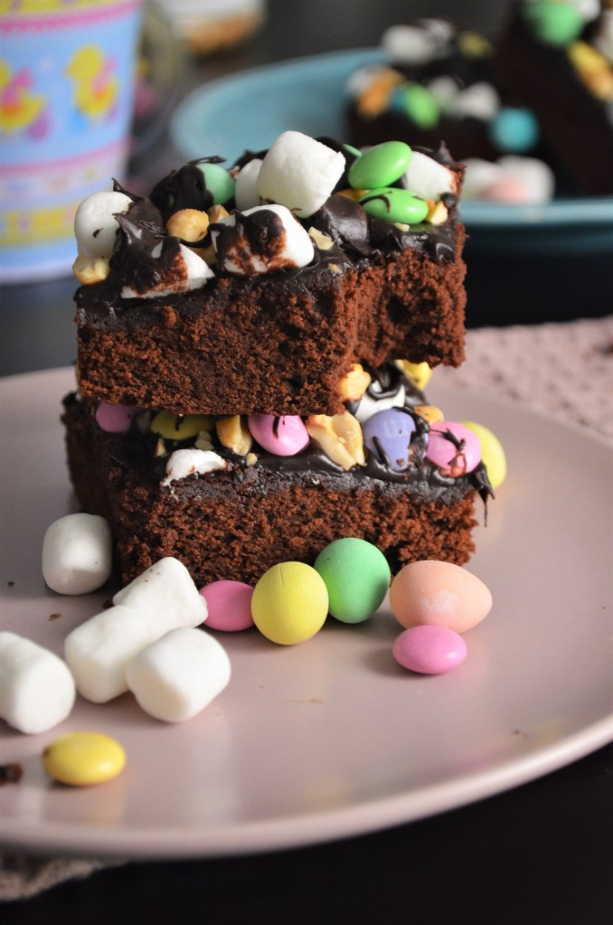 One Bowl No Mixer Rocky Road Brownie