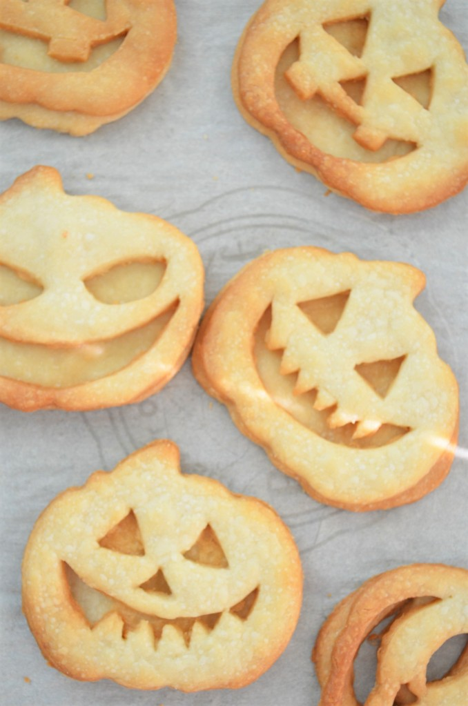 Jack O Lantern Shortbread Cookie