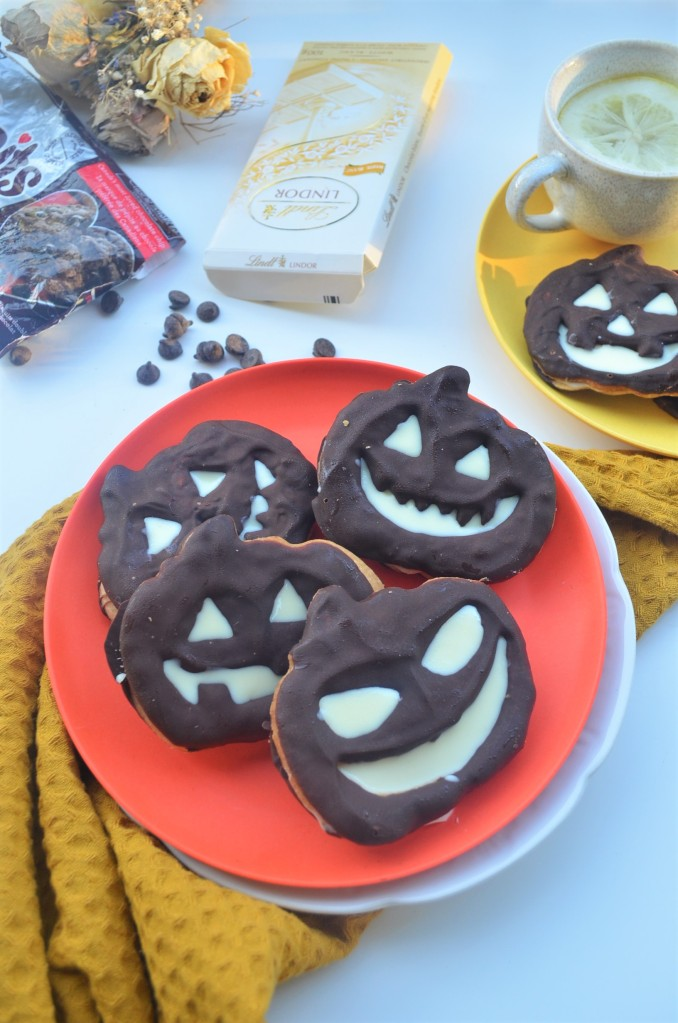 Halloween Shortbread Cookie