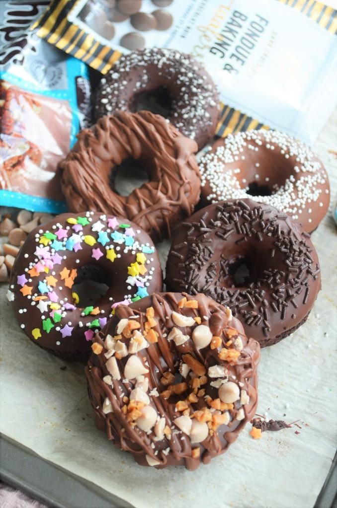 How to Make Bake Chocolate Donuts