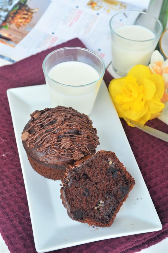 Jumbo Banana Sponge Chocolate Muffin
